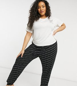 Read more about New look curve soft touch french bulldog slogan pyjama set in black