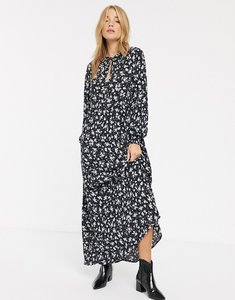 Read more about New look tie neck long sleeve smock dress in ditsy floral-multi