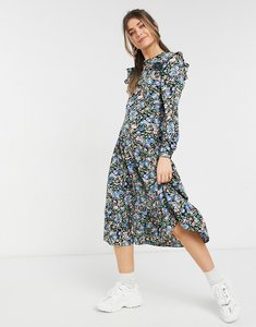 Read more about Urban bliss fitted ruffle midi dress in ditsy floral-black