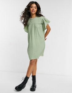 Read more about Vero moda ruffle sleeve smock dress in green