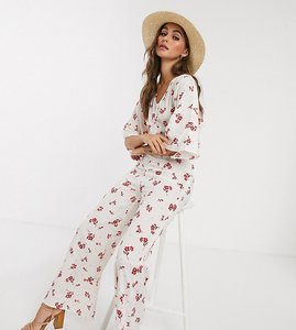 Read more about Wednesday s girl relaxed jumpsuit in ditsy floral-white