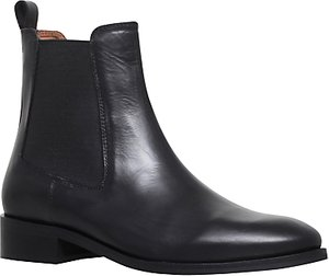 Read more about Kurt geiger dalby ankle chelsea boots black