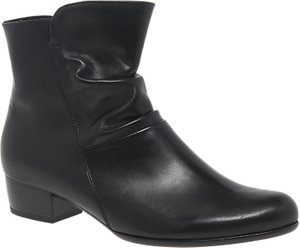 Read more about Gabor jensen extra wide fit ankle boots black