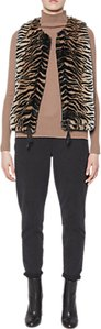 Read more about French connection shirlee faux fur gilet tiger print