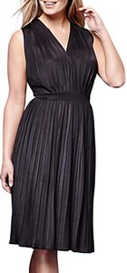 Read more about Yumi pleated midi jersey dress black