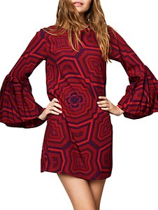 Read more about Compa a fant stica geometric print bell sleeve dress red