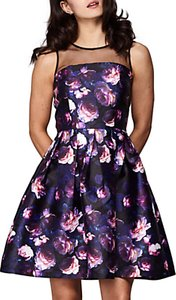 Read more about Yumi rose printed dress black