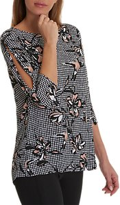 Read more about Betty co gingham print tunic top black rose