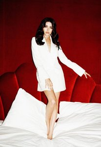 Read more about Madison beer x missguided white collar detail blazer dress white