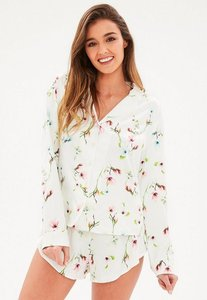 Read more about White floral print long sleeve pyjama set cream
