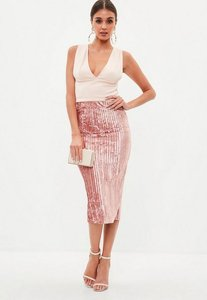 Read more about Blush velvet pleated midi skirt pink