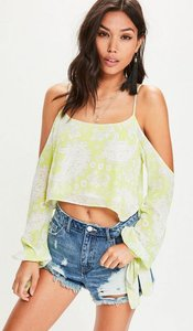 Read more about Green cold shoulder tie sleeve paisley print crop blouse green