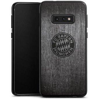 DeinDesign Handyhülle Metalllook FCB Logo einfarbig Samsung Galaxy S10e, Hülle Metallic Look FCB FC Bayern München