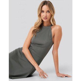 Pamela Reif X NA-KD Jerseykleid Pamela Reif x NA-KD Neckholderkleid in A-Shape, nachhaltig produziert zertifiziert