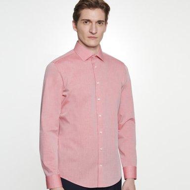 Bügelfreies Chambray Business Hemd in Shaped mit Kentkragen