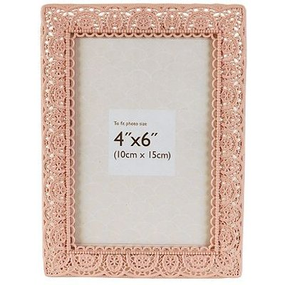 Innova Editions Pink Laser Cut Photo Frame  6 x 4 5052282048268