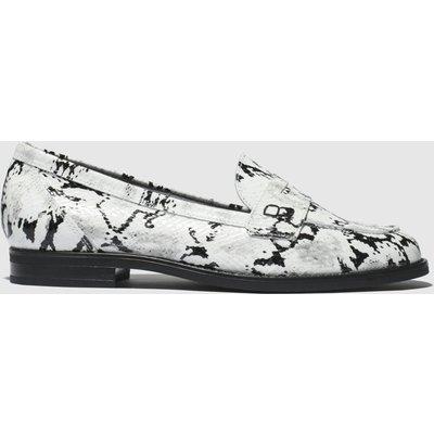 Schuh Black & White Magnetize Flat Shoes