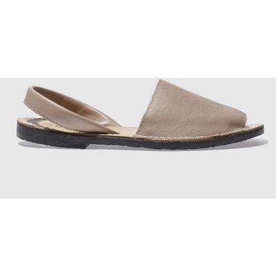 Schuh Natural Barcelona Sandals