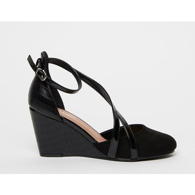 The Stylish Shoes To Add To Your Collection. Contrast Textures And A Strappy Design Keep These On-Trend, Whilst A Pointed Toe And Sleek Black Hue Bring Timeless Style. Heel Height: 80Mm Standard Fit Polyurethane. Wipe Clean Only. Stlye: Coralee