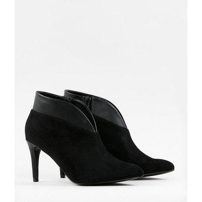Heeled Shoe Boot