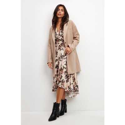 (Me) Scattered Animal Ruffle Neck Wrap Dress