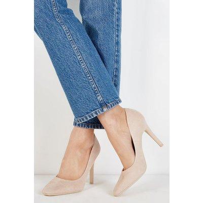 Drama Pointed Court Shoe