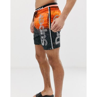 SUPERDRY Superdry - Volley-Badeshorts in Orange mit fotografischem Logo - Orange