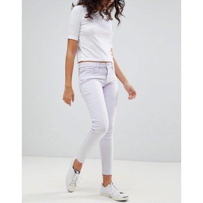 Jeans im Sale - Levi's - Line 8 - Gekürzte Skinny-Jeans mit mittelhohem Bund und grobem Saum - Violett