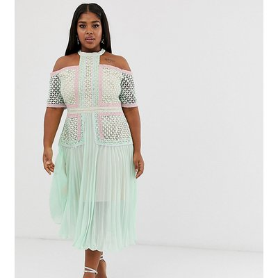 True decadence plus premium cold shoulder midi dress with lace panels and pleated skirt in tonal mint