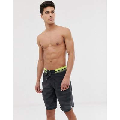BILLABONG Billabong - Resistance Pro - Boardshorts in Schwarz - Schwarz