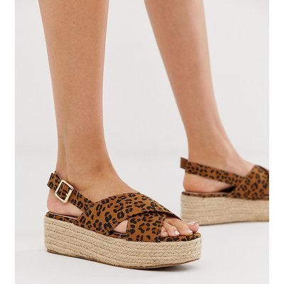 NEW LOOK New Look - Schuhe aus Wildlederimitat mit flacher Plateausohle