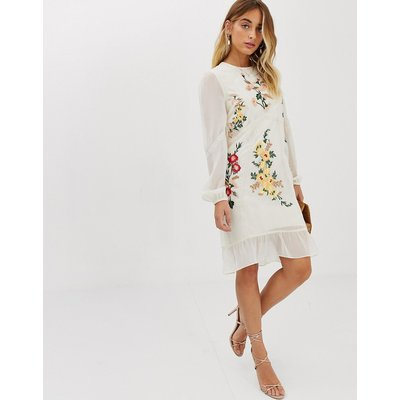 Hope & Ivy embroidered midi shift dress in cream