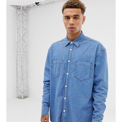 RECLAIMED VINTAGE Reclaimed Vintage - Inspired - Oversize-Hemd in mittelblauer Waschung - Blau