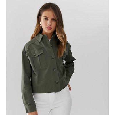NEW LOOK New Look - Kurz geschnittene Utility-Hemdjacke in Khaki - Grün