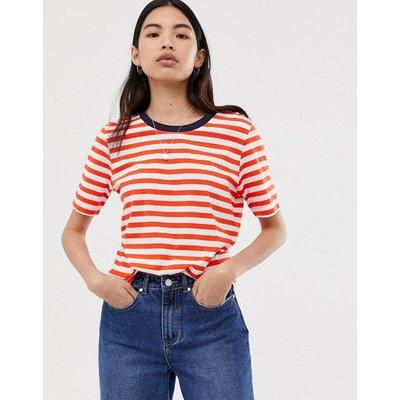 SELECTED Selected Femme - Gestreiftes T-Shirt mit kontrastierendem Halsausschnitt - Mehrfarbig