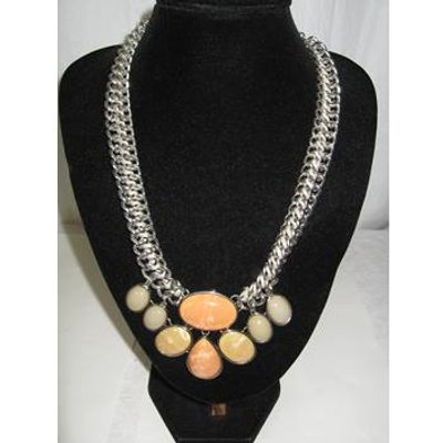 Unbranded 20 peach stone necklace