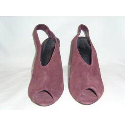 M&S Marks & Spencer - Size: 8 - Burgundy - Heeled shoes