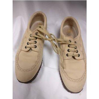 Hogan, size 7 butter milk lace up shoes
