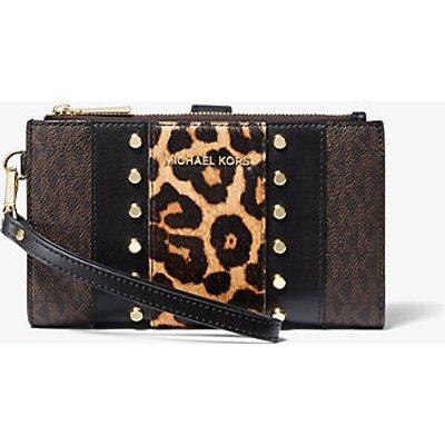 MICHAEL KORS Nietenbesetzte Smartphone-Brieftasche Adele Aus Logostoff Und Kalbshaar Mit Leopardenmuster
