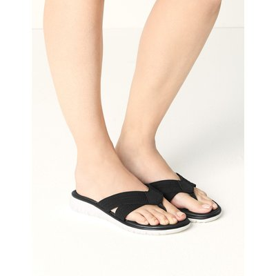 Toe Thong Sandals black