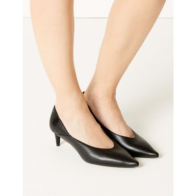 Kitten Heel Pointed Court Shoes black