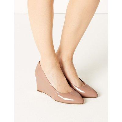 Wedge Heel Court Shoes nude