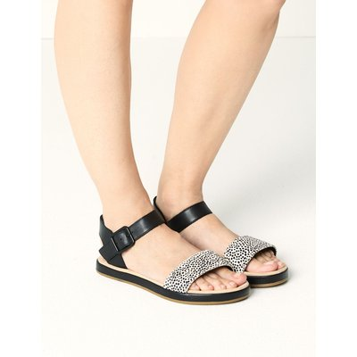 Leather Two Band Sandals black