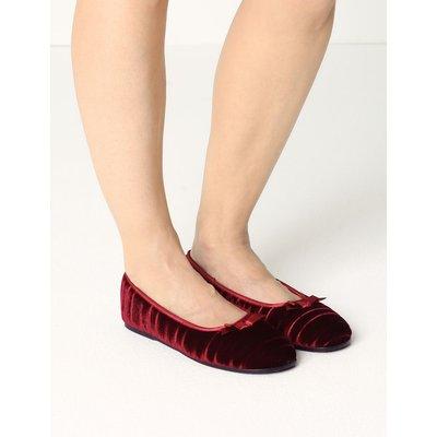 Striped & Embossed Ballerina Slippers red