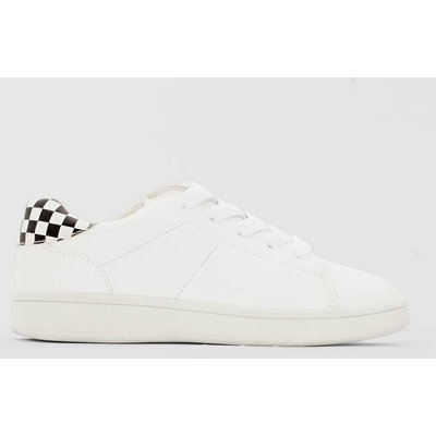 Boy's Low Top Lace-Up Trainers