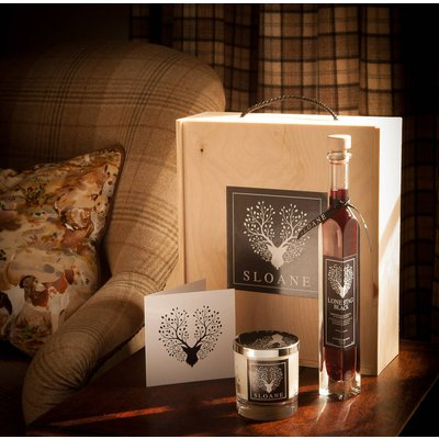 Luxury Valentines Gin And Candle Box Award Winner