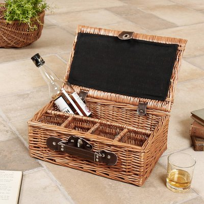 Steamed Willow Whisky Hamper With Four Glasses
