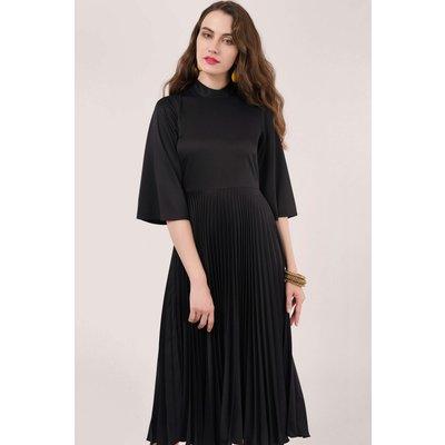 Black Collared Pleated Midi Dress