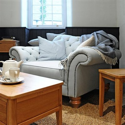 Charlbury Snuggler Chair - Linen