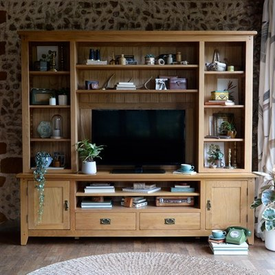 Oakland Extra Large TV and Media Unit